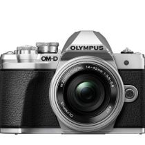 Hybride-Olympus-E-M10-Mark-III-Boitier-Nu-Argent-Objectif-14-42-mm-Pancake-f-1-3-5-5-6-Argent
