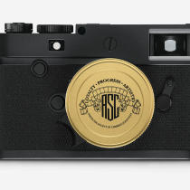 M10-P_ASC-Summicron-M_2_35-Deckel_FRONT-1512-x-1008_f4f4f4_reference